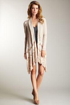 Love Stitch  Zigzag Flyaway Cardigan by cleo