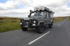 Land Rover Defender... Bouge...