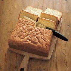 栗原はるみが長年作り続けている定番おやつ。 Harumi Kurihara, Sweets Recipes, Baking Recipes, Bread Recipes, Cake Recipes, Snack Recipes, Making Sweets, Japanese Sweets, Japanese Food
