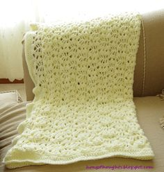 Hongs Thoughts: Lacy Crochet Baby Blanket