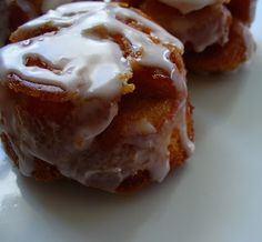 Leenee's Sweetest Delights: Monkey Bread Muffins