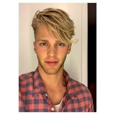 Clark Bockelman and his luscious golden locks. | 27 Men's Undercuts That Will Awaken You Sexually www.whatstrending.co.za