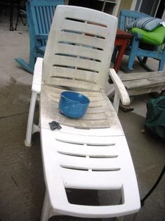 Clean your gray and dingy patio furniture with nothing but some bleach-water and steel wool!