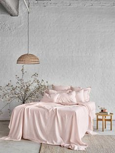 Our stunningly beautiful linen bed sheets/quilt covers are luxuriously vintage washed for ultimate softness. The timeless beauty of linen will envelop you with comfort by keeping you cool in summer and warm in winter. The fabric gets even softer and Pink Bed Sheets, Linen Sheets, Bed Linen Sets, Linen Duvet, Fitted Bed Sheets, Pink Bedding, Luxury Bedding, Bedding Sets, White Bedding Decor