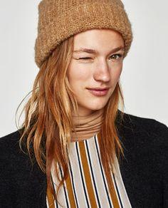 Image 1 de BONNET XL de Zara
