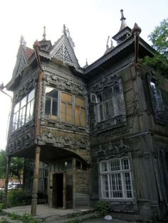The house of the merchant Leontiy Zhelyabo in Tomsk, designed by P. Fyodorov, built in 1903.