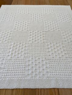 Easy Knit Baby Blanket, Free Baby Blanket Patterns, Baby Blanket Size, Crochet Baby Beanie, Crochet Rug Patterns, Knitted Baby Blankets, Baby Knitting Patterns, Blanket Sizes, Blanket Crochet