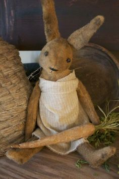 Primitive Rabbit with Carrot - Cinnamon Creek Dry Goods Primitive Crafts, Primitive Snowmen, Primitive Christmas, Country Christmas, Christmas Christmas, Wood Crafts, Prim Decor, Vintage Easter, Soft Sculpture