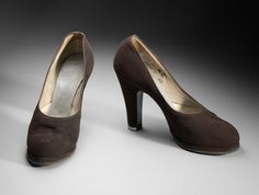 Pair of woman's shoes Suede Platform Pumps, Suede Shoes, 1940s Shoes, Brown Suede, Peep Toe, Pairs, Metal, Heels, Collection