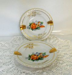 Setting for 2 / Vintage Pair of Porcelain Gold by TheTableSetting