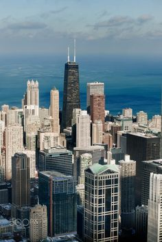 Chicago, skydeck. Pinned by #CarltonInnMidway - www.carltoninnmidway.com