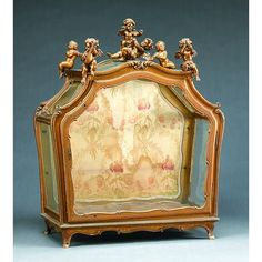 A Venetian Giltwood Display Cabinet