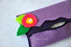 Felt pocket tissue holders...make for girl's gifts...bag + goodies