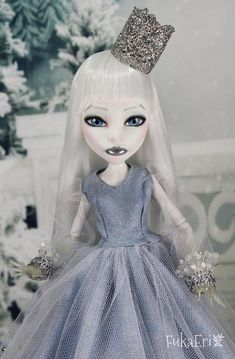 Monster High Custom Repaint Art doll OOAK Spectra Vondergeist