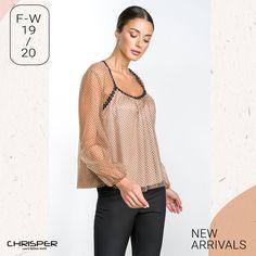 Ψάχνεις κάτι διαφορετικό ; Κομψή μπλούζα με πουά τούλι και ανάγλυφη υφή. Καν' το δικό σου μόνο με ένα μήνυμα! Κωδικός: 52564 Tops, Women, Fashion, Moda, Fashion Styles, Fashion Illustrations, Woman