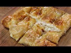 Μια λαχταριστή και πεντανόστιμη τυρόπιτα με υπέροχη γέμιση σαν μπουγάτσα και τραγανό φύλλο που σίγουρα δύσκολα μπορείς να αντισταθείς και να φας ένα μόνο Cookbook Recipes, Cooking Recipes, Greek Dishes, Feta, Spanakopita, Greek Recipes, Cabbage, Kai, Sweets