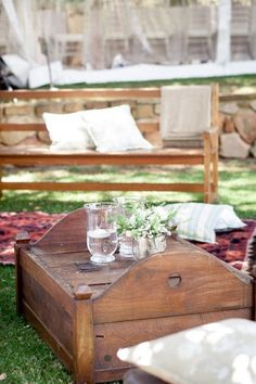 Cocktail hour seating inspiration (white benches from Oak Farm)