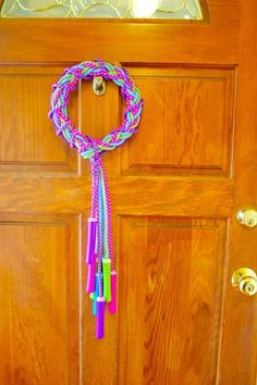 Make a Jump Rope Wreath- This will be my new summer wreath! So cute!!