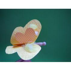 #Schmetterling basteln mit Papier | Motivkarton und herrlich strukturiertes Bananenpapier zum Basteln verwenden.
