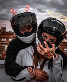 Motorcycle Couple Pictures, Biker Couple, Cute Couple Pictures, Biker Chick, Biker Girl, Wallpaper Motos, Girl Motorcyclist, Image Moto, Biker Photoshoot