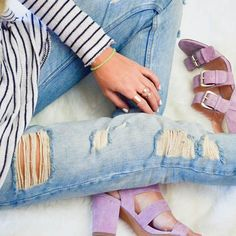 What shoes to wear with boyfriend jeans (and what NOT to wear).
