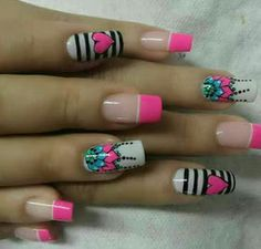 The University of Manicure: The art of drawing mandalas . on your nails - Best Nail Art Butterfly Nail Designs, Bright Nail Designs, Elegant Nail Designs, Nail Art Designs, Really Cute Nails, Love Nails, Fun Nails, Pretty Nails, Acrylic Nail Tips