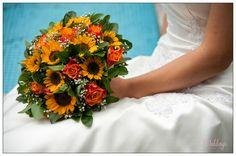 This #weddingbouquet is gorgeous/Impresionante #ramodenovia