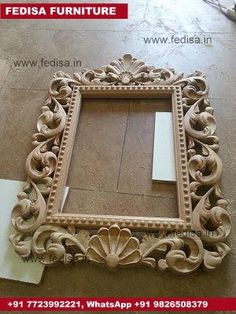 Beautiful wood carved photo frame for a rustic home decor. Ornate Mirror, Rustic Mirrors, Mirror Art, Wood Art Panels, Mirror Panels, Wood Carving Designs, Wood Carving Patterns, Carved Beds, Decorative Room Dividers