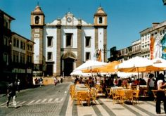 Travel to Evora with Portugal Travelers Great Memories, The Good Place, Street View, Travel, Image, Amazing Places, Spaces, Cruises, Fair Grounds