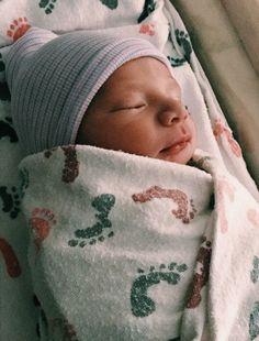 9f21006a0 Newborn photography #newborn #hospitalphotos #newbornphotography #babyboy