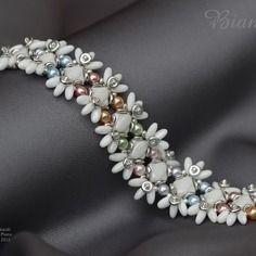 Ce bracelet a été réalisé selon le modèle du bracelet *Muguet* de Nicole Hublard