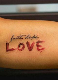 Tattoo Schrift arm love faith hope
