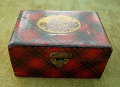 Tartanware Box with Picture of Stirling Castle and King Edward Tartan