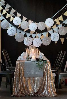 34 Cheerful New Year Party Décor Ideas