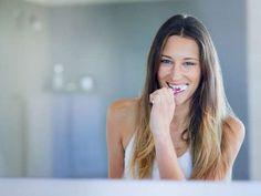 Zähne putzen Dental Hygiene, Dental Care, Playdough Activities, Important Things In Life, Peeling, Teaching Kids, Teeth, Fit, Long Hair Styles