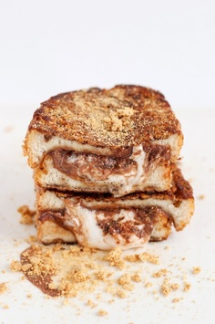 S'MORES FRENCH TOAST say whaaaa?!?!? Yummy! #Food #Foodie #Breakfast