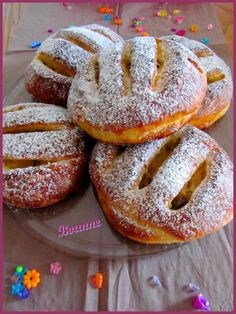 Brioche jalousies with apples - Sweet passion - - Croissants, Gateau Cake, Apple Crumble Pie, Homemade Pastries, Food Fantasy, Delicious Breakfast Recipes, French Pastries, Sweet Cakes, Biscuits