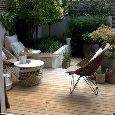 Modern contemporary outdoor deck terrace veranda - very simple, clean lines! Balcony Furniture, Garden Furniture, Outdoor Furniture Sets, Metal Furniture, Rustic Furniture, Office Furniture, Furniture Ideas, Bedroom Furniture, Furniture Design