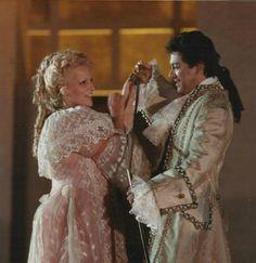 Katia Ricciarelli & Francisco Araiza in Manon, Macerata, 1987 Singer Costumes, Opera Singers, Divas, Music, Pretty, Dresses, Fashion, Pageants, Conservatory
