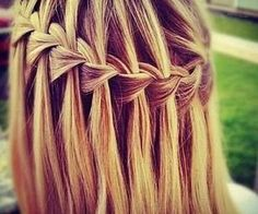 Gorgeous and beautiful blonde hair braid made​​. A very fashion style!!