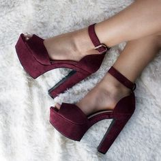 Everything You Didn't Know You Wanted to Know About High Heels: Platforms, Wedges, and Pumps. Dream Shoes, Crazy Shoes, Me Too Shoes, Heeled Boots, Shoe Boots, Shoes Heels, Platform Ankle Boots, Stilettos, High Heels