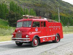 uk Bedford Pump 1955