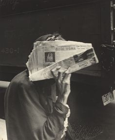Robert Frank: Street Photography, New York White Aesthetic, Aesthetic Photo, Film Photography, Street Photography, Documentary Photography, Travel Photography, Robert Frank Photography, Inverness, Grafik Design
