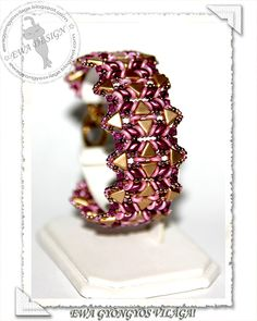 Gynna beaded bracelet PDF pattern by EwaHotBeads on Etsy Seed Bead Jewelry, Bead Jewellery, Beaded Jewelry, Beaded Bracelets, O Beads, Seed Beads, Jewelry Patterns, Beading Patterns, Bracelet Tutorial