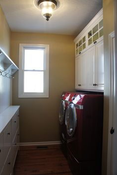 Ikea Laundry Room With Tons Of Storage    Especially The Shoe Cabinets For  The Side Part 81