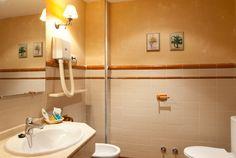 Baño habitación Sink, Home Decor, Cave, Sink Tops, Vessel Sink, Decoration Home, Room Decor, Vanity Basin, Sinks