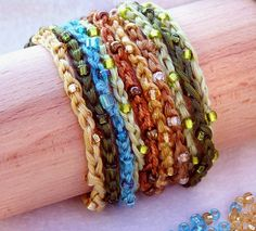 Beaded, crocheted floss or cotton yarn bracelets and necklaces. Transform simple embroidery floss and seed beads into joyful bracelets and neck. Crochet Earrings Pattern, Crochet Bracelet, Bead Crochet, Crochet Jewellery, Crochet Fall, 3d Doodler, Yarn Bracelets, Crystal Bracelets, Simple Embroidery