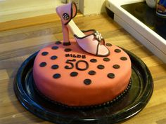 Shoe cake for a friend