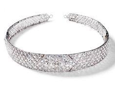 Diamond Bandeau - c. 1920 - by Cartier - Lozenge of diamonds on top - rest of the bandeau a lattice of smaller diamonds