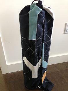 View details for the pattern Yoga Bag on BurdaStyle. Yoga Strap, Yoga Mat Bag, Pattern, Bags, Pockets, Style, Diy, Handbags, Swag